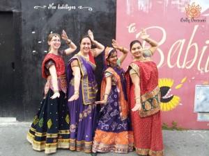 Spectacle-de-danse-folklorique-du-Gujarat-juin-2012