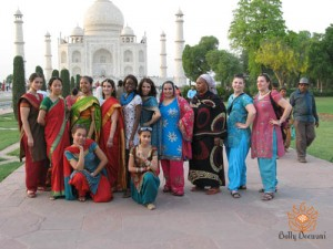 Voyage-des-bolly-Deewani-en-Inde-2010-au-Taj-Mahal